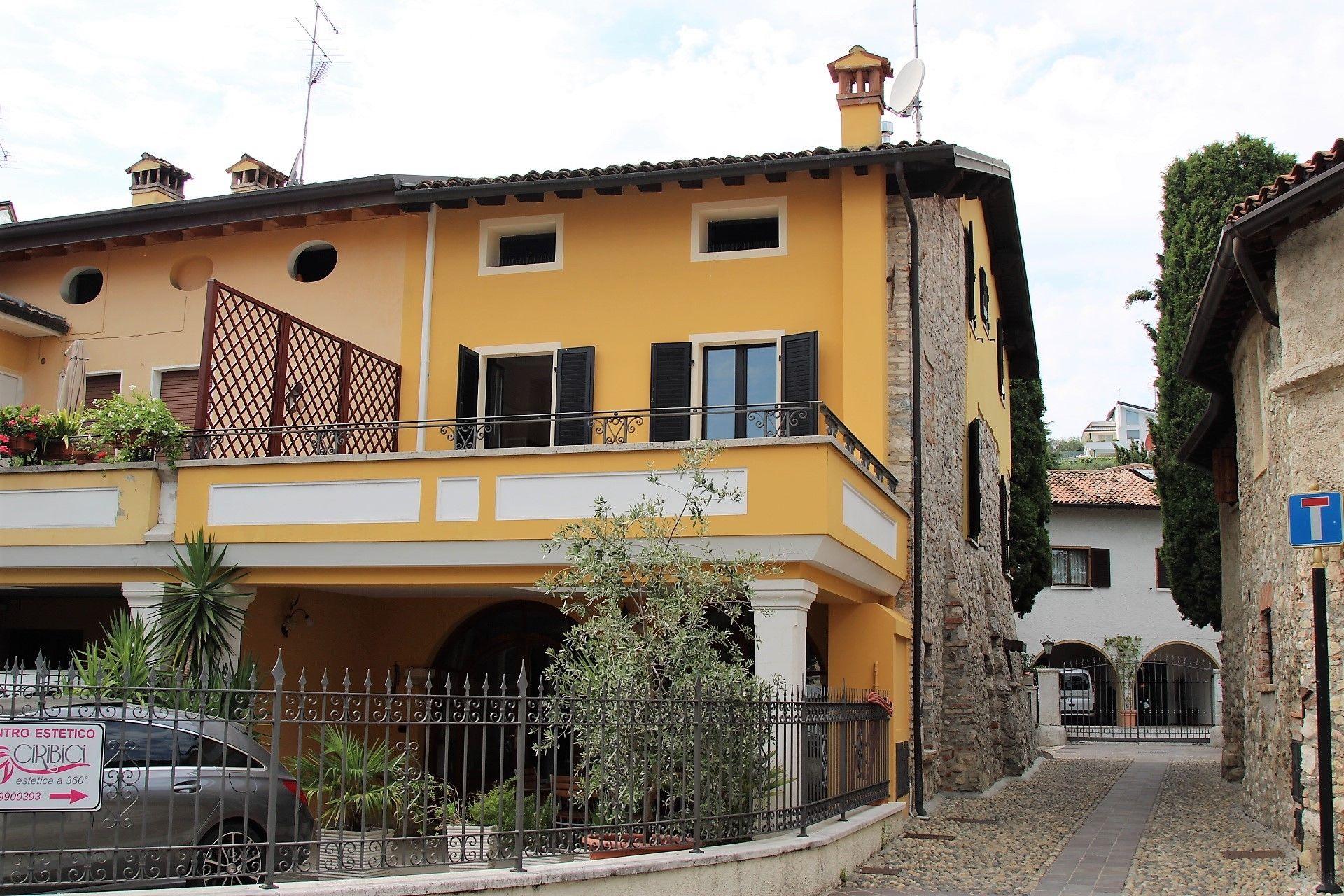 Specialisti nella vendita di immobili sul Lago di Garda ...